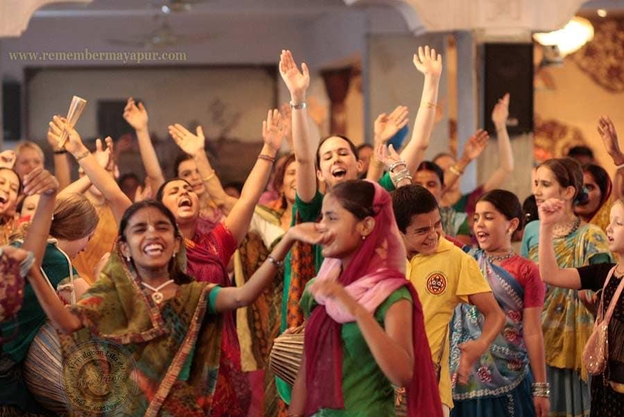 kirtan - mantra - carnaval - Ecstatic Chant
